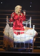 Nov 24, 2010 - Pixie Lott - The Crazycats Tour A8716b108402547