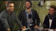 Take That à la radio DJ Italie 23/11-2010 A85a2d110833664
