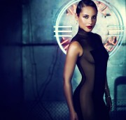 Alicia Keys - photo from her new cd Girl On Fire