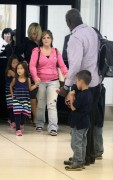 Kate Gosselin @ LAX  (2010-07-27)