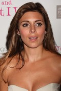 "Jamie Lynn Sigler *Hotness* @ ""Love, Loss & What I Wore"" New Cast Member Celebration In New York City -September 2nd 2010- (HQ X21)"